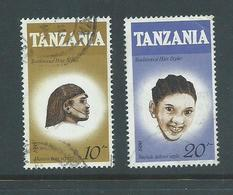 Tanzania 1987 Hair Styles 10 & 20 Shilling Used , One With Crease - Tanzania (1964-...)
