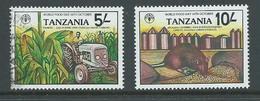 Tanzania 1982 World Food Day 5 Shilling FU , 10 Shilling MLH - Tanzania (1964-...)