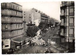 CPSM    83    TOULON             LE BOULEVARD DE STRASBOURG    AU NIVEAU DE LA BRASSERIE GUILLAUME TELL - Toulon