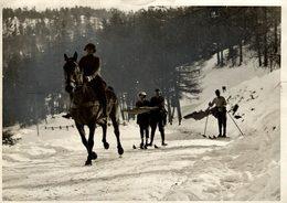 WINTER FUN ICE SKATING   20*15 CM Fonds Victor FORBIN 1864-1947 - Sin Clasificación