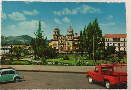 (766) Peru - Cajamarca - Church Of San Francisco - Plaza De Armas  - Volkswagen - Pérou