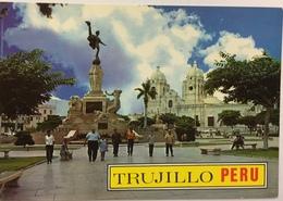 (776) Peru - Trujillo - Main Square Of Trujillo - Monument Of The Liberty - Cathedral - Pérou