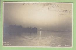 VENEZIA :  Tramonto. Carte Photo. TBE. Dos Simple. 2 Scans. Edition Photo Sciutto - Venezia (Venedig)