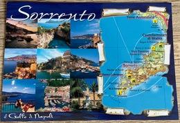 Schöne Ansichtskarte Italien Sorrento Mit Landkarte ...new Nice Map Postcard From Italy, Sorrento Golfo Di Napoli - Landkarten