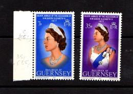 GUERNSEY    Silver  Jubilee    Set  Of  4    MNH - Guernsey