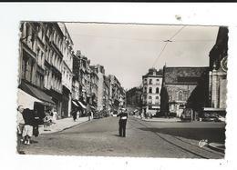 62 Boulogne Sur Mer La Grande Rue Policier Qui Règle La Circulation écrite 1953 TBE Format CPA Réal Photo - Boulogne Sur Mer