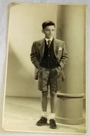 Vieille Photo, Old Photograph, Fotografía Antigua / Portrait D'un Garçon, Portrait Of A Boy, Retrato De Un Niño, 1956 - Anonyme Personen