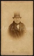 Photo Ancien / Carte De Visite / CDV / Man / Homme / Photographer / Chapeau Buse - Ancianas (antes De 1900)