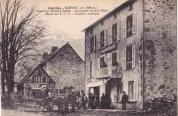 CPA    Dienne  (15) Belle Carte Avec Diligence Devant Hôtel Du TCF Route De Murat à Salers Ascension Puy Mary - Autres Communes