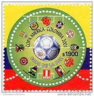 Lote 68e, Colombia, 2001, Futbol, Estampilla Inusual, No Regular, Unsual, Circular Stamp - Colombia