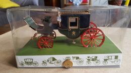 Brumm - 1:43 - Koetsen En Paarden - Historical Carriage, Berlina Papale - Brumm