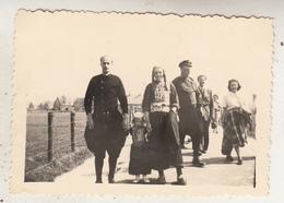 Uitstap Op Het Eiland Marken - April 1949 - Foto 6 X 9 Cm - Anonieme Personen