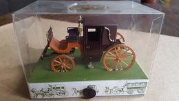Brumm - 1:43 - Koetsen En Paarden - Historical Carriage, Nr 1 Landaulet, Bruin - Brumm