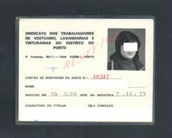PORTUGAL CARTE ILLUSTRÉE SINDICAT LAVANDARIS COUTURIERE DISTRITO PORTO1973 : - Cartes