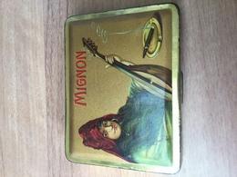Old Tobacco Tin, Mignon. - Boites à Tabac Vides