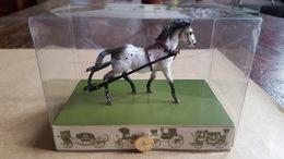 Brumm - 1:43 - Koetsen En Paarden - Historical Carriage, 2 Paarden - Brumm