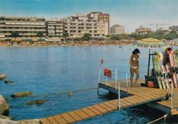 AK - Italien - GRADO - Sicht Zum Strand Von Der Wasserskischule - Gorizia
