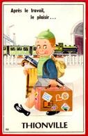 -- THIONVILLE (Moselle) CARTE à SYSTEME 10 Petites Vues Dans La Valise - Train En Gare -- - Thionville
