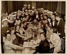 LONDRES BANQUET DE CATHERINETTES  25*20 CM Fonds Victor FORBIN 1864-1947 - Fotos
