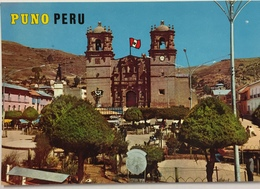 (788) Peru - Puno - Modern View Of The Cathedral  And Main Square - Pérou