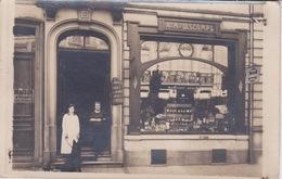 59 - LILLE - CARTE PHOT -  Commerce Au 52- ANCIENNEMENT MAISON DESCAMPS - DROGUERIE PARFUMERIE MARCOURT DERIEUX - Lille