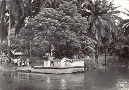 Gabon - LAMBARENE - Le Docteur Schweitzer Sur Le Nouveau Débarcadère - Ed. G.Gaud 12. - Gabon