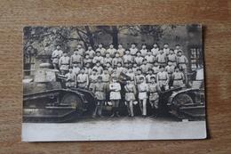 Carte Photo Regiment De Char De Combat 519 RCC   Avec Fanion AS 361 2 Eme Section Et 2 FT 17 - Photographs