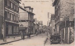 CPA Esbly - Rue Du Chemin De Fer (animation Avec Voiture Années 30) - Esbly