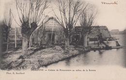 CPA Péronne - Cabane De Poissonniers Au Milieu De La Somme (avec Animation) - Peronne