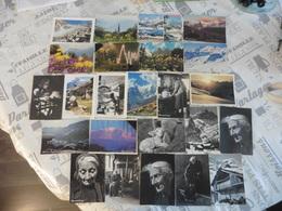 LOT   DE 42   CARTES   POSTALES    BERNARD   GRANGE - 5 - 99 Cartes