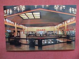 - Sears Store  Macon Hall  Georgia >  -ref    3550 - United States