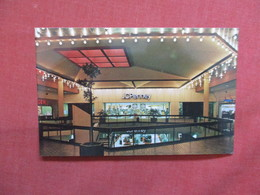 JC Penny  Store  Macon Hall  Georgia >  -ref    3550 - United States
