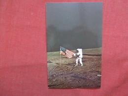 Apollo 12 Astronaut With US Flag       -ref    3550 - Space