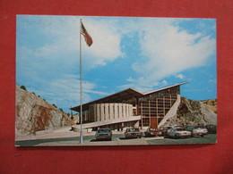 Dinosaur Quarry Vistor Center  Dinosaur National Monument Utah--------- -ref    3550 - Other