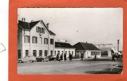 ETAPLES - La Gare - (Vieilles Voiture) - - Etaples
