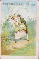 Chromo Carte Publicitaire - Lyon - Aux Deux Passages Nouveautes Romantiek Romance Romantic Couple Reclame Publicite Pub - Autres