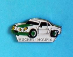 1 PIN'S //  ** ALPINE RENAULT A110 / HUCHET \ HOUPIN ** - Rallye