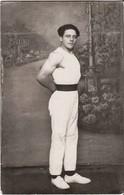 CULTURISME MUSCULATION Ancienne Carte Photo Athlète Homme Musclé Faux Decor - Silhouettes