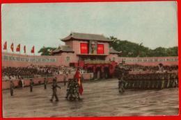 Vietnam Vietnamien Défilé Carré Colonne Armée Soldats Tribune Militaire Ho Chi Minh-Ville étranger - Viêt-Nam
