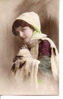 Vraie Photo Colorisée : Jolie Femme Aux Hermines - Femmes