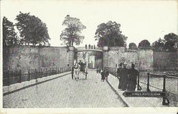 Ypres -- Porte  De  Menin.    (2 Scans) - Ieper