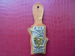 Insigne Des ONF - EAUX ET FORETS - Policia