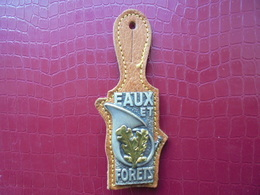 Insigne Des ONF - EAUX ET FORETS - Police & Gendarmerie
