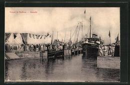 AK Karachi, Vessel In Harbour - Postales