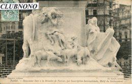 CPA -  PARIS -  MOMUMENT PASTEUR - MOTIF DU SOUBASSEMENT (3) - Statues