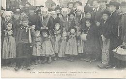 29 - Plougastel : Les Mariages , Aspect De La Rue Principale. - Plougastel-Daoulas
