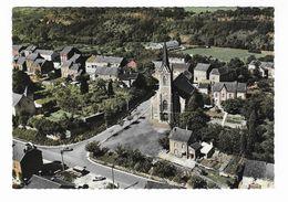 ON (Pr.Lux)  ( M 5225 )  Vue De L'Eglise Et Du Baty (terrain Du Foot Au Fond) - Marche-en-Famenne