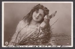 96411/ PAQUES, Ostern, Jeune Fille Avec Un Lapin - Easter