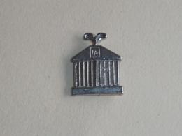 Pin's CALANDRE DE ROLLS ROYCE - Pin's