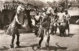 Cpsm Afrique Occidentale Française Flampleu Chez Les Yacoubos - Ansichtskarten